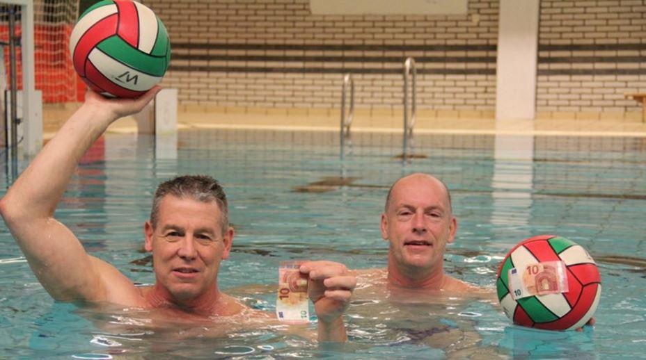 DOS Team zwemt voor het goede doel!